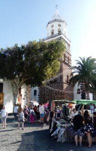 Teguise Markt Ausflug mit Kirche
