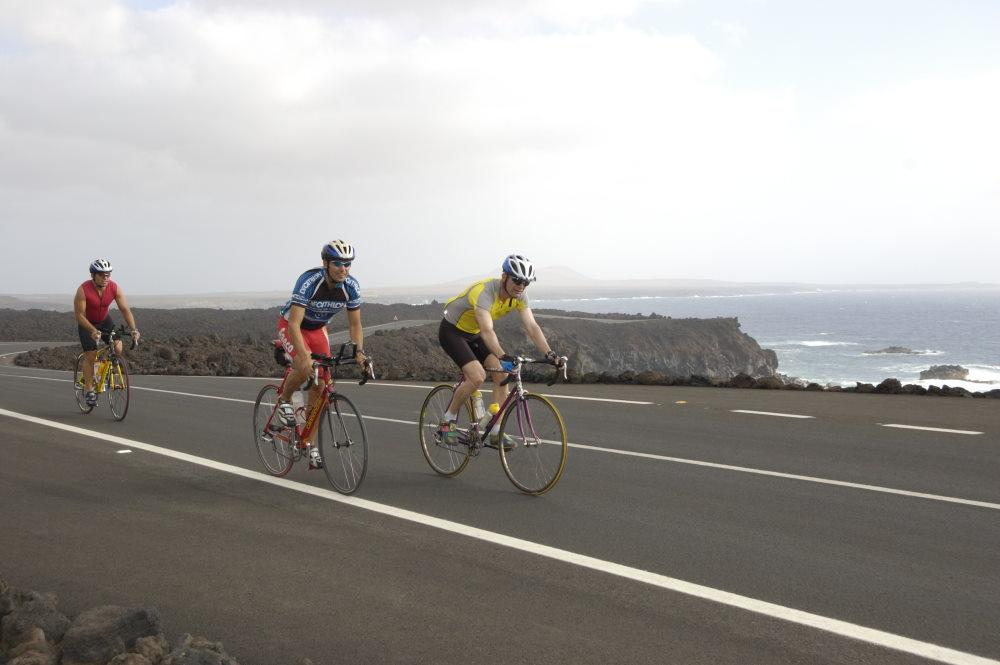 Profiteams trainieren auf Lanzarote
