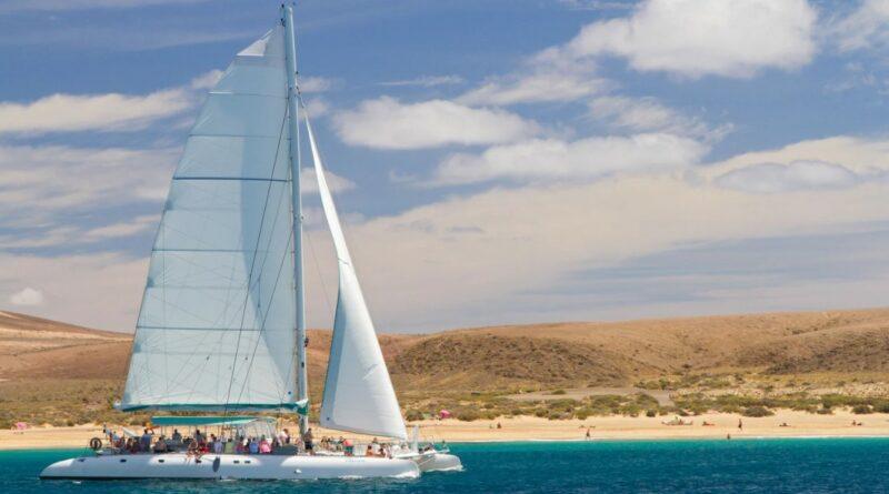 Katamaran Ausflüge auf Lanzarote